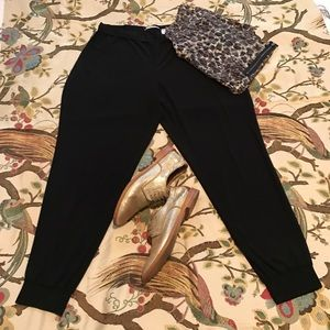 Tahari Jogger Crop pants
